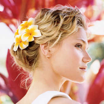 Tips Tata Rambut Pendek untuk Pengantin